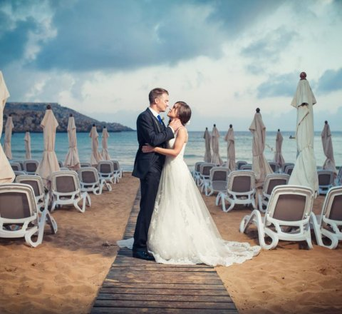 7 Things to Consider Before You Get Married on the Beach in Malta