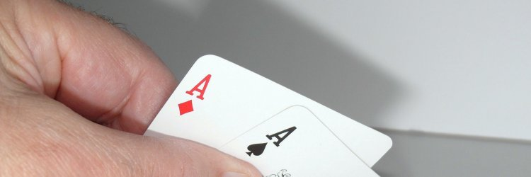 article about Strange Poker Terminology Explained